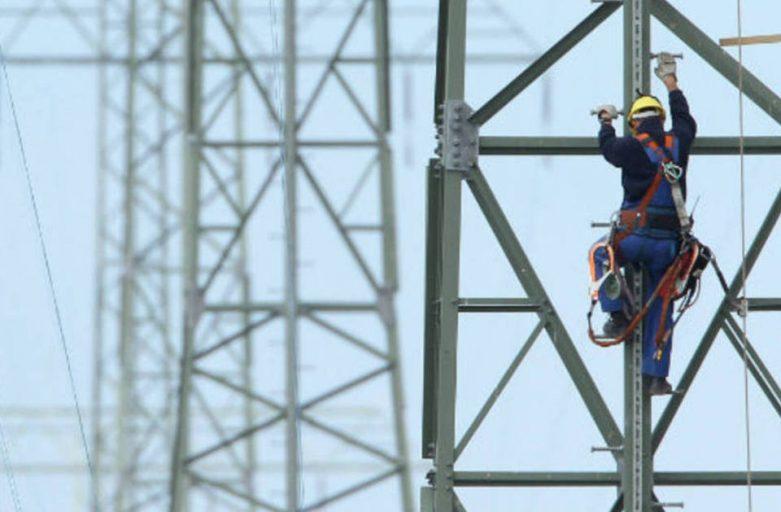 Demora em fornecimento de energia elétrica gera direito à indenização