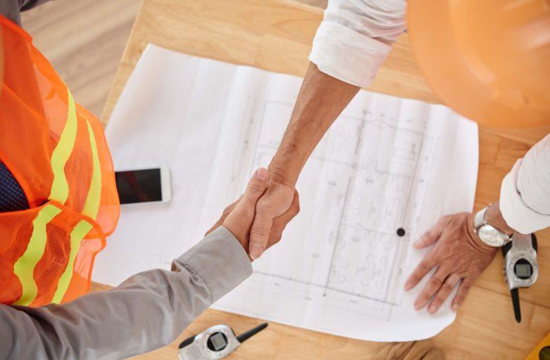 Construtora-atrasa-entrega-de-obras-e-deve-restituir-valores-pagos